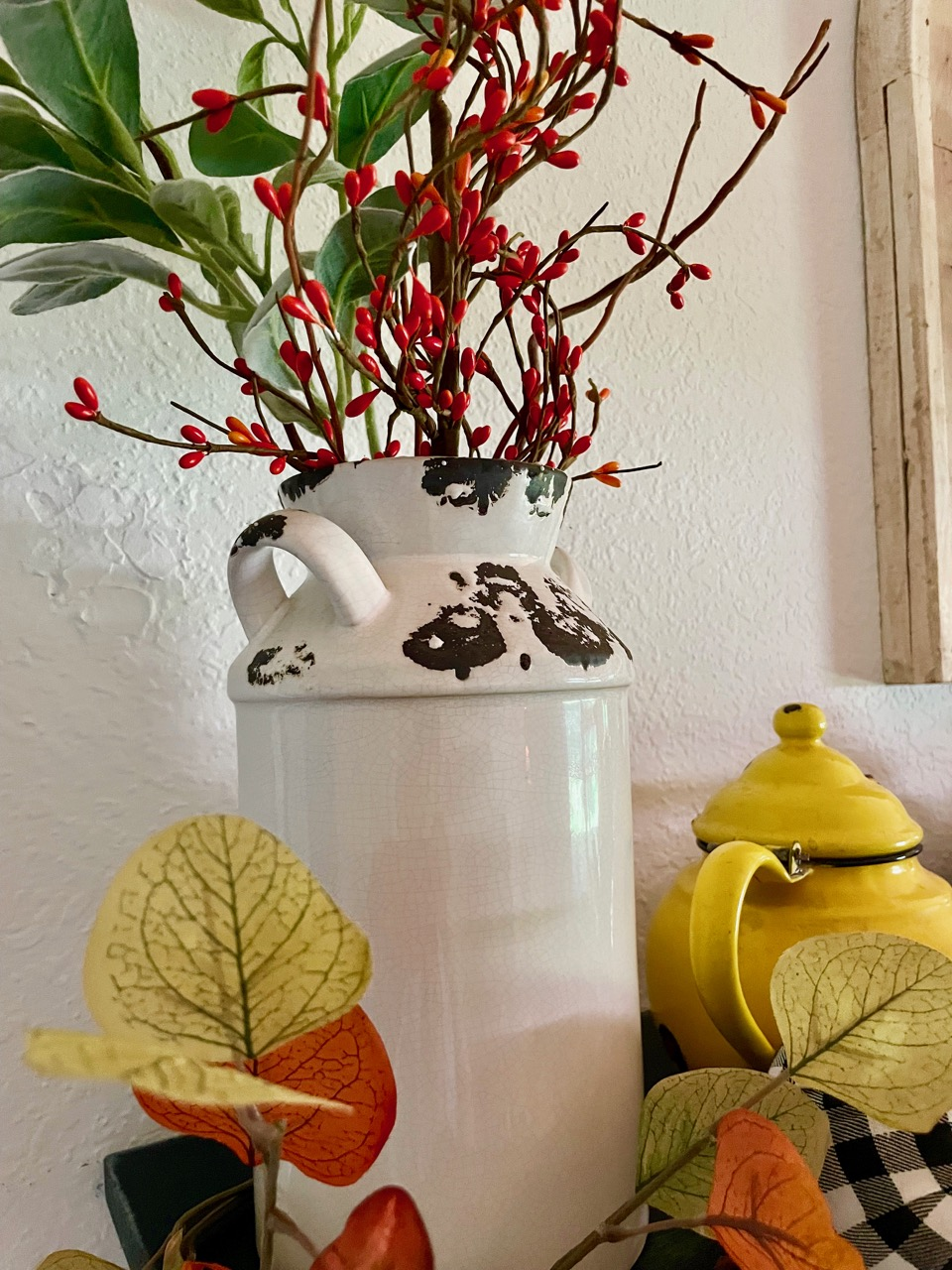 vintage inspired fall decor